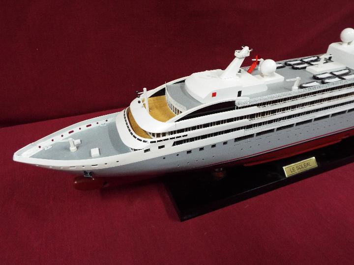A static display model of a French cruise liner 'Le Soleal' . - Image 2 of 6
