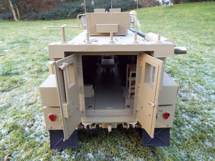HG -RC MRAP COUGAR U.S. Military Vehicle 6X6 HG P602 1/12 2.4G 6WD 16CH ARTR 2. - Image 9 of 12