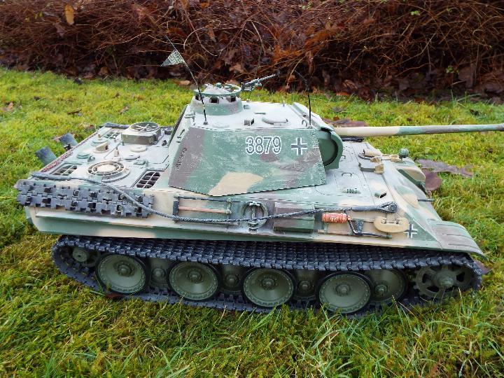 Heng Long - R/C tank 1/16 German RC Panther G camo IR Servo Torro Pro Edition Single link metal - Image 4 of 9