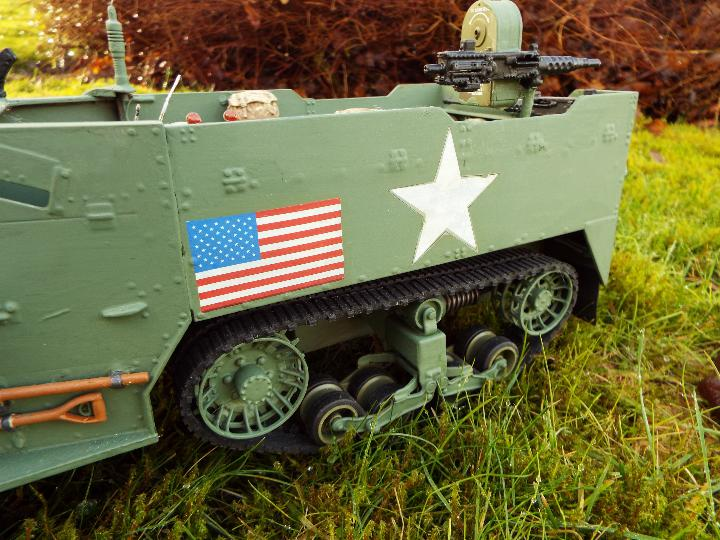 Torro - M16 half track-laying vehicle in US army WW2 livery. - Image 3 of 9