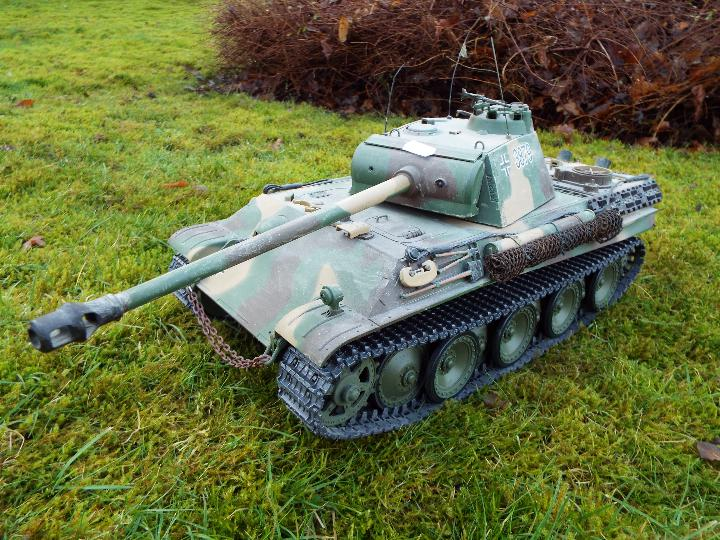 Heng Long - R/C tank 1/16 German RC Panther G camo IR Servo Torro Pro Edition Single link metal - Image 2 of 9
