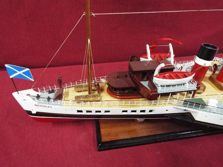 A display model of the last sea-going paddle steamer 'Waverley'. - Image 2 of 5