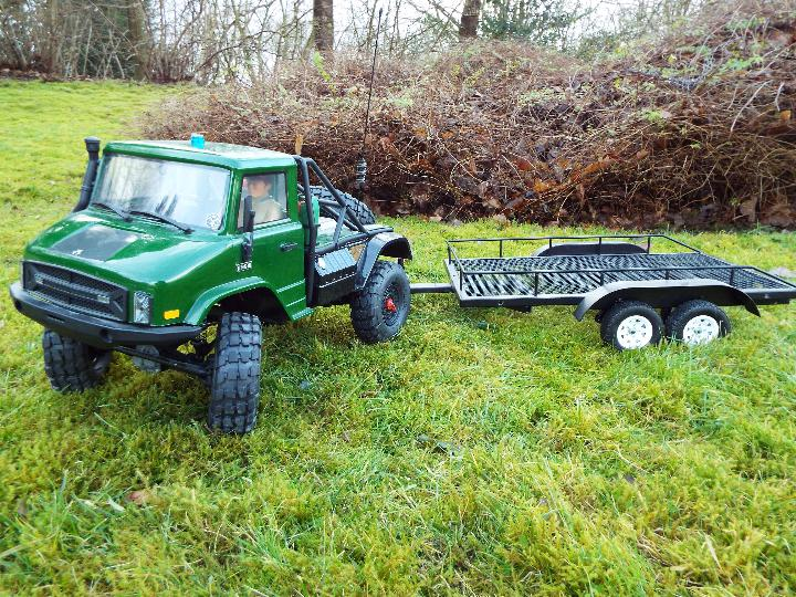 Axial - R/C rock crawler SCX10 II UMG10 1/10 Scale Elec 4WD made from Kit C-AXI90075 with twin axle