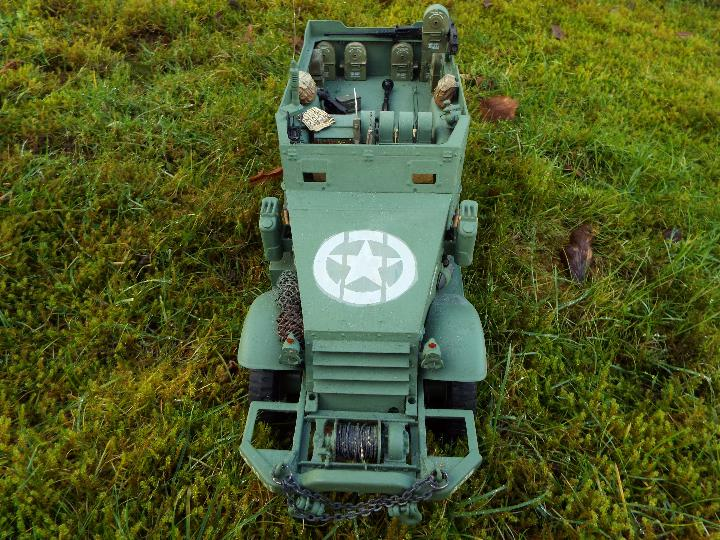 Torro - M16 half track-laying vehicle in US army WW2 livery. - Image 6 of 9