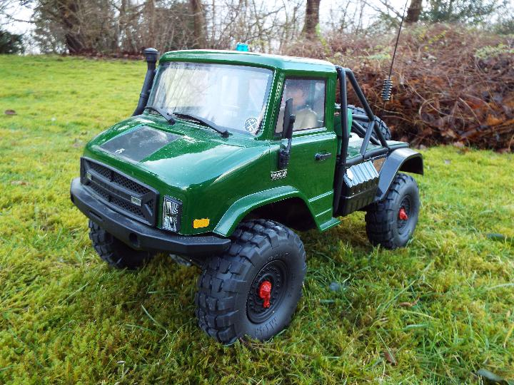 Axial - R/C rock crawler SCX10 II UMG10 1/10 Scale Elec 4WD made from Kit C-AXI90075 with twin axle - Image 2 of 10