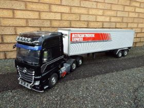 Tamiya - a built Tamiya 1:14 scale RC Mercedes-Benz Actros 3363 6x4 3 axle truck and