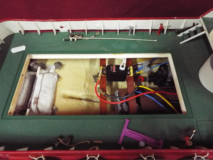 Model Slipway - A kit-built tug boat 'Al Kubar 2' by Model Slipway. - Image 6 of 6