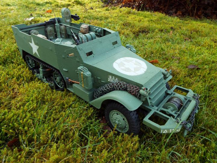 Torro - M16 half track-laying vehicle in US army WW2 livery. - Image 2 of 9