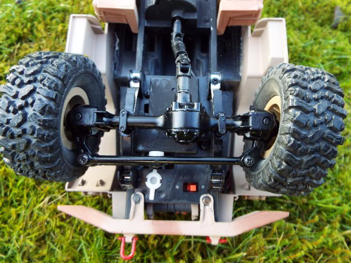 An RC controlled military truck with power bank and flashing lights. - Image 7 of 8