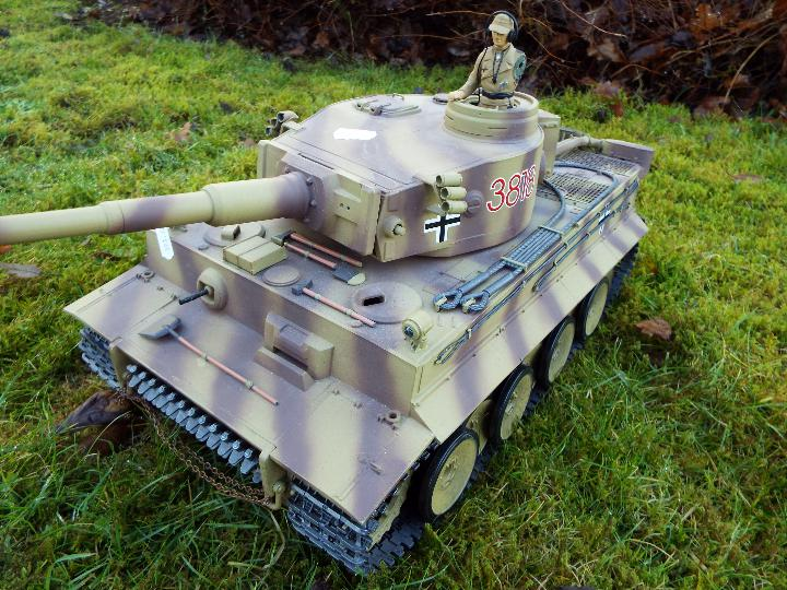 Heng Long - RC Tiger tank I 1:16 Advanced Line IR/BB with 6mm Shooting System + infrared battle - Image 3 of 8