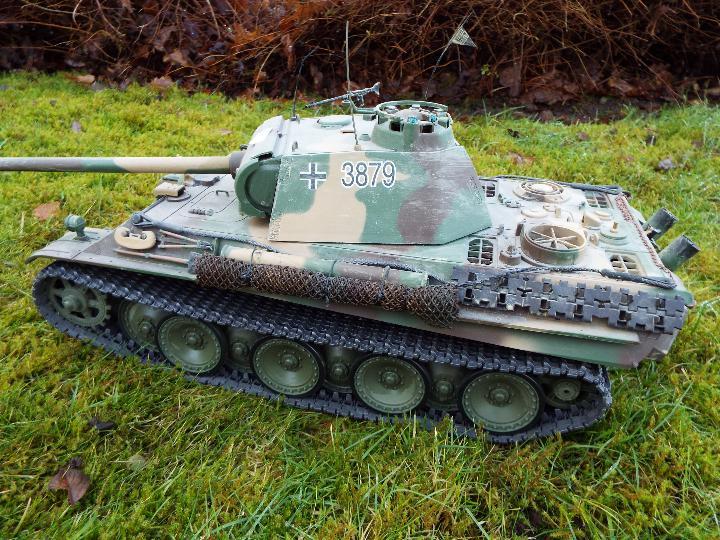 Heng Long - R/C tank 1/16 German RC Panther G camo IR Servo Torro Pro Edition Single link metal - Image 6 of 9