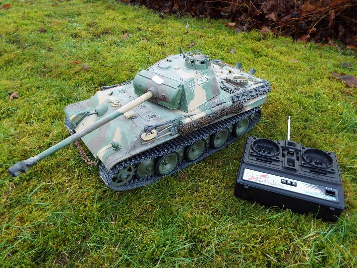 Heng Long - R/C tank 1/16 German RC Panther G camo IR Servo Torro Pro Edition Single link metal