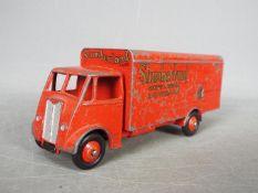 Dinky Toys - An unboxed Dinky Toys #514 Guy Van 'Slumberland'.