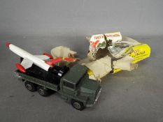 Dinky Toys - A boxed Dinky Toys #620 Berliet Missile Launcher.