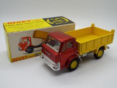 Dinky Toys - A boxed Dinky Toys #438 Ford D800 Tipper Truck.