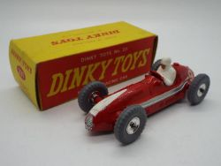 INTERNET SALE OF VINTAGE TOYS AND MODELS