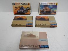Fujimi - 5 boxed unmade 1:76 scale military model kits including # 1 German Tiger II tank,