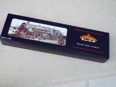 Bachmann Branch-Line - an OO gauge Standard class 5MT locomotive and tender 4-6-0 BR green livery