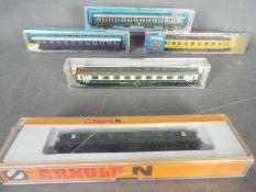 Atlas Fleischmann, Roco, Arnold - Five boxed N gauge Continental passenger coaches.