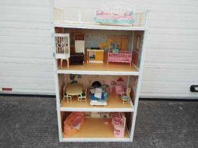 Sindy - Vintage Sindy Doll Super Home including some original Sindy fixtures,