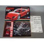 Tamiya - A boxed vintage 1988 Tamiya 1:24 scale #24007 'Sports Car Series #77' Ferrari F40 plastic