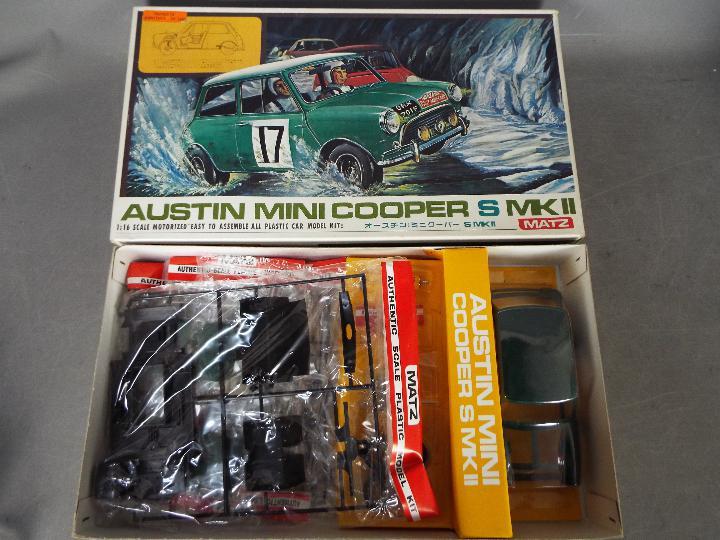 Matz - A boxed 1:16 scale motorised Matz #1200 Austin Mini Cooper S Mk.II plastic model kit.