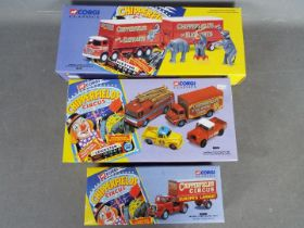 Corgi Classics - 3 x boxed Chipperfields models, # 31902 Foden S21 Lorry & Trailer with figures,