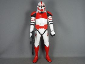Jakks Pacific - Star Wars - A 31 inch Giant Size Clone Shock Trooper jointed figure with blaster