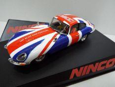 Ninco - NSCC - Limited Edition 71 of 100 Slot Car model in 1:32 Scale - # 50620 Jaguar