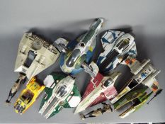Hasbro - Kenner - A collection of unboxed vehicles including Obi-Wan Keobi Jedi Starfighter,