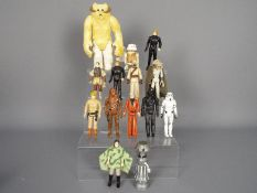 Kenner - A group of 14 x loose figures including a 1977 dated GMFGI Chebacca figure,