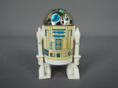 Star Wars - An unboxed Last 17 action figure R2-D2 (With Pop Up Lightsaber), ©LFL 1977 no COO,