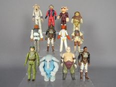 Kenner - A group of 12 x loose 3.
