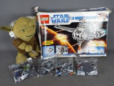 Lego - A boxed Star Wars the Twilight # 7680 set,