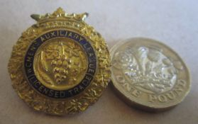 BADGE - VINTAGE WOMEN'S AUXILIARY LEAGUE (LICENSED TRADE