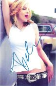 MUSIC - MADONNA AUTOGRAPHED PHOTO