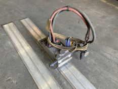 BOC Imp oxy acetylene and 110v straight line cutting head