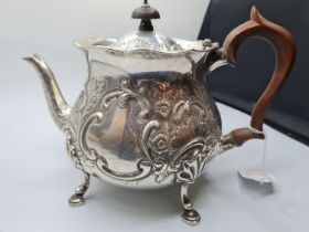 An Ornate Silver Teapot with clear London Hallmark 1920, 766g weight and 15cm tall