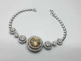 18ct white gold bracelet. with 195 round brilliant cut diamond. total diamond content 2.2ct weight