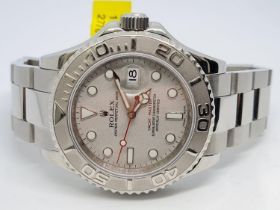 Rolex Yacht-Master Perpetual Date Watch Platinum Bezel, 40mm face Year 2008. Come with box no