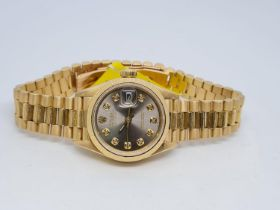 Rolex Ladies DateJust 18ct Gold watch, with Silver Face, 26mm face 1990 Model. With box, no paper,
