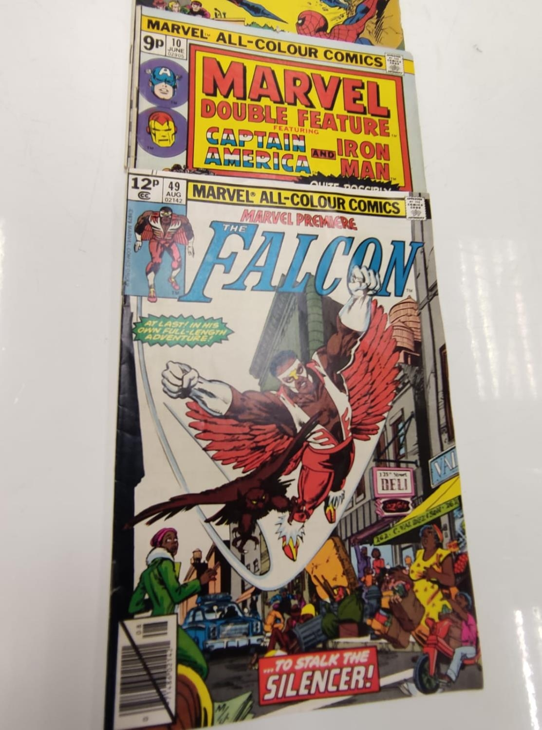 3 Eclectic Vintage Marvel Comics, including the rare 'Peter Parker, The Spectacular Spider-Man'. - Image 6 of 8