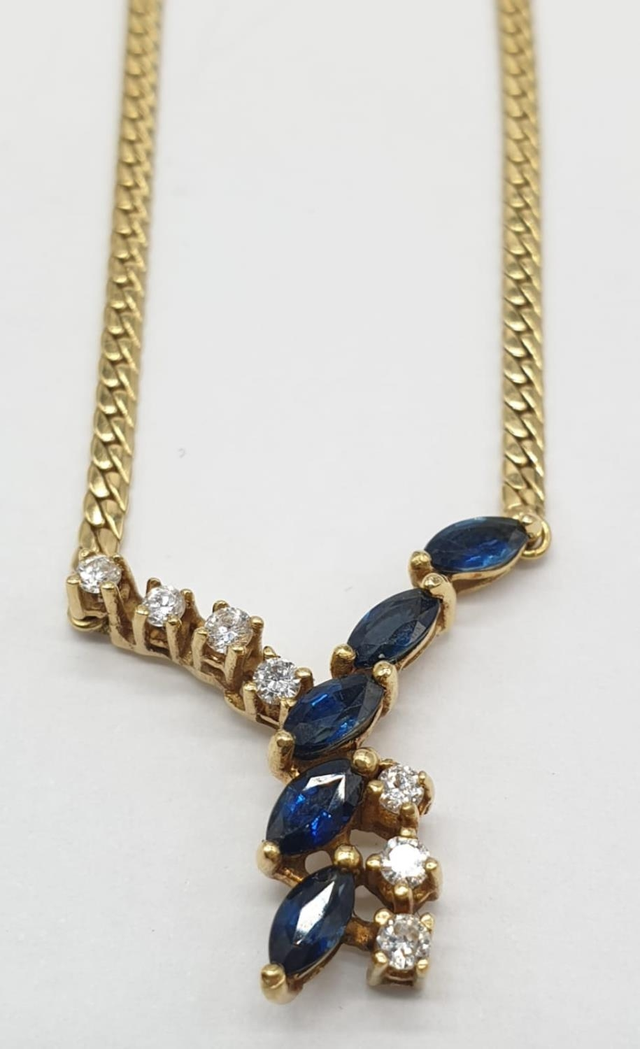 18ct Yellow gold diamond and sapphire collar style necklace Weight 8.8g, Approx.. 0.25ct of diamond.