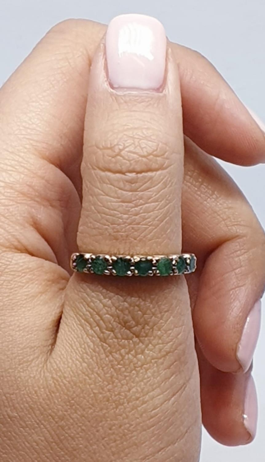 9ct Yellow gold emerald half eternity ring. Weight 2.8g, Size O. - Image 6 of 8
