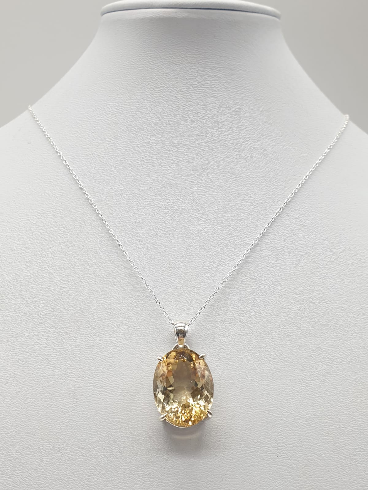 Citrine Gemstone Pendant set in Sterling Silver on a 40cm long silver chain, weight 10g approx and