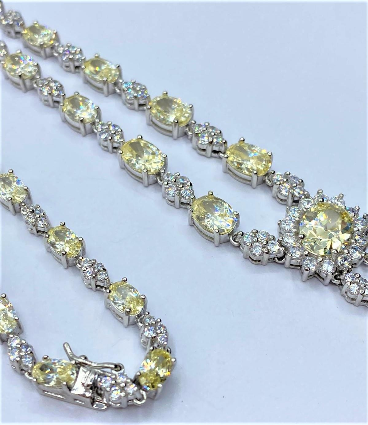 Silver heavy NECKLACE with white and yellow stones. 45.78g 40cm. - Image 2 of 3