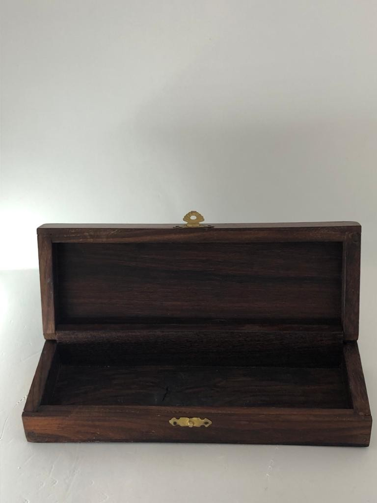 rosewood ( waxed and varnished) box; 19.9x7.2x4cm - Image 2 of 3
