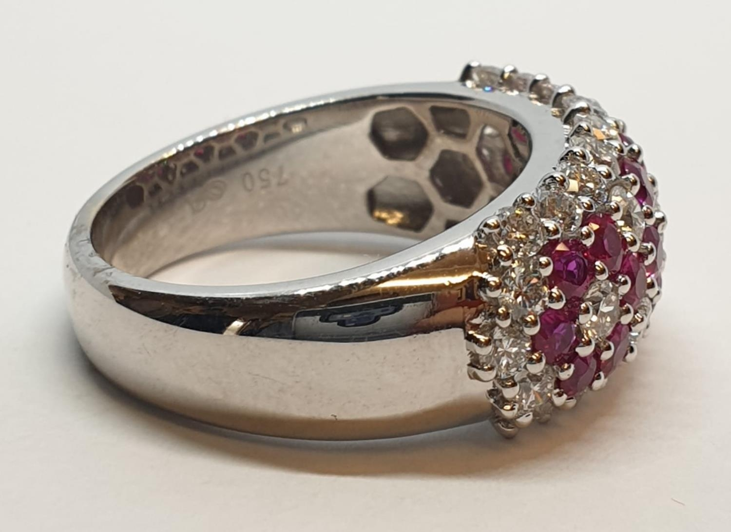 18ct white gold ring with over 1ct ruby and 1.8ct diamonds in flower design, weight 9.39g and size M - Image 7 of 11