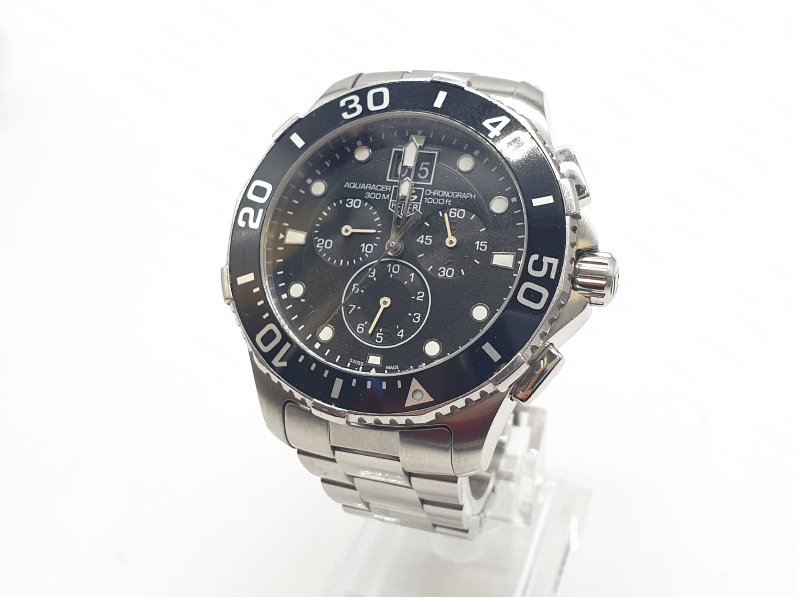 Tag Heuer gents chronograph Aquaracer watch, black face twisted bezel and steel strap, 44mm case