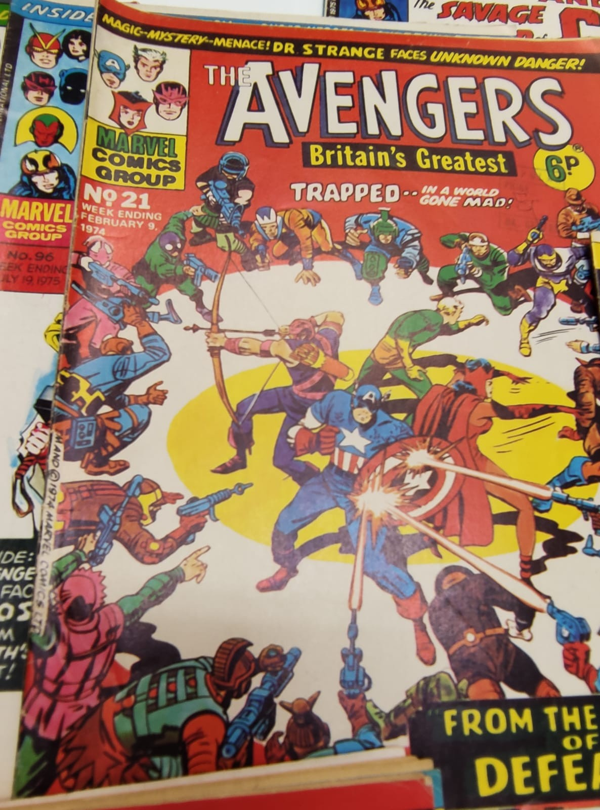 25 x Marvel comics. The Avengers. Dating from 1974-1976 - Image 15 of 18